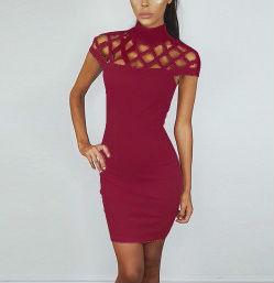 Платье Цвет платья розовый M/ДИ 84см,ОГ 80см,ОТ 72см;L/ДИ 85см,ОГ 84см,ОТ 76см;XL/ДИ 86см,ОГ 88см,ОТ 80см  Коктейльное платье,верх сделан в виде крупной сетки с горловиной Полиэстер,хлопок