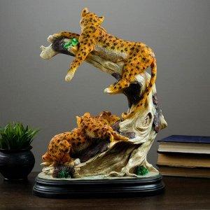 "Фигура ""Семья леопардов"" 50х36см"