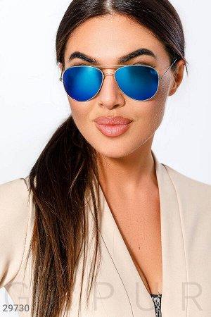 Стильные очки-авиаторы