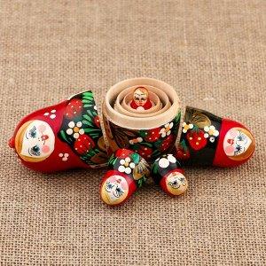 Матрёшка «Аврора», бордовый платок с ягодами, 5 кукольная, 10,5 см
