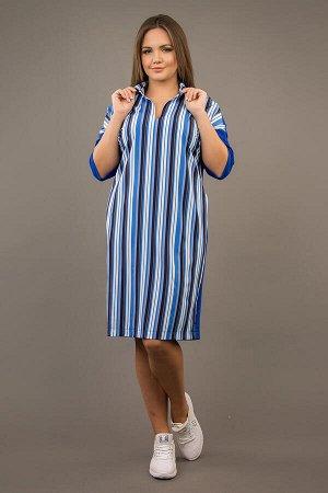 Платье Составп/э 60%, вискоза 35%, спандекс 5%. Ткань: футер х/б 2-нитка, комбинированный с плательной набивной. Платье свободного покроя «оверсайз», по горловине воротник на стойке. Рукав цельнокроен