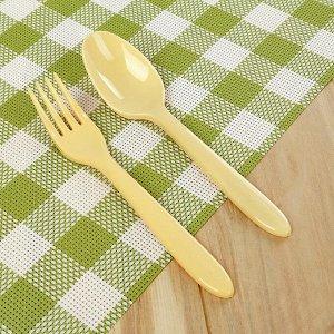 Набор посуды на 4 персоны «Дружная семья», 30 предметов