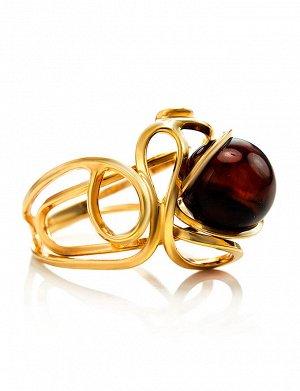 Кольцо «Валенсия» из серебра с золочением и вишнёвого янтаря, 710001207