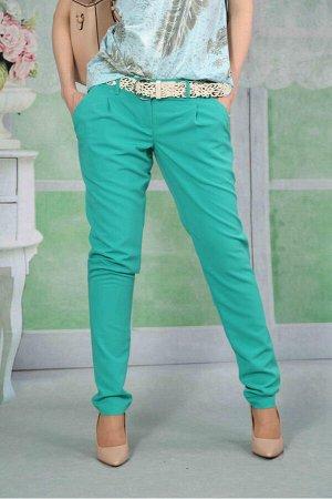 """Брюки Эти очень свободные в зоне бедер брюки брюки можно отнести к разновидности брюк-галифе.Такой фасон снизит контраст между объемами бедер и голеней. Информация о размерах: 42 размер """"В""""- 20 """"ОТ""""-"""