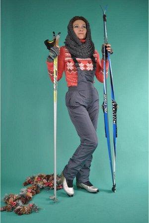 """Брюки На фото брюки 46 размера. Утепленные брюки-комбинезон для зимнего отдыха не дадут замерзнуть и сделают прогулку комфортной. Ознакомьтесь с замерами ниже. Информация о размерах: 44 размер - """"Вы"""