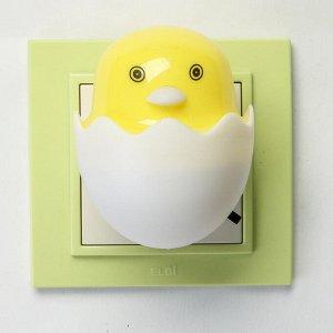 """Ночник LED """"Цыплёнок в яйце"""" 6.5х6х6 см"""