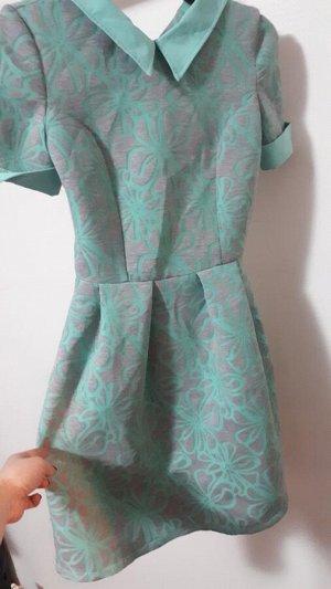 Симпатичное платье на девочку-подростка