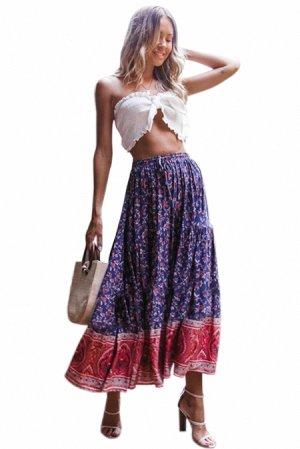 Синяя в цветы расклешенная макси юбка на резинке