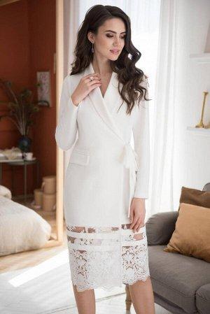 Платье Платье ЮРС 19-151/1  Состав ткани: Вискоза-67%; Спандекс-4%; Нейлон-29%;  Рост: 164 см.  Это платье, ода нежности и женственности, не оставит никого равнодушным. Женщина в таком платье выгляди