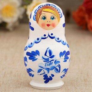 Матрёшка «Гжель», белое платье, 3 кукольная, 9 см