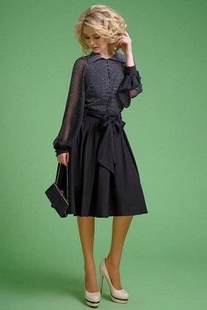 Блуза Блуза Euro Moda 157  Сезон: Лето Рост: 164  Блуза женская, удлиненная. Выполнена из шифона. Блуза на полной хлопковой подкладке, полуприлегающего силуэта, с объемными рукавами-реглан, по низу р