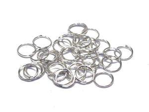 Кольца серебристые. 6 x 0,7 мм. Цвет - серебро. Материал - сплав металлов. Цена за 20 шт