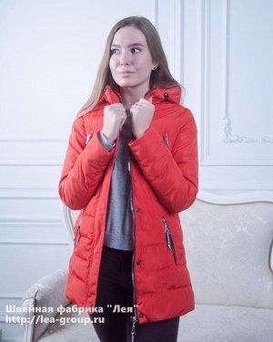 Куртка Демисезонная стеганая куртка с декоративными молниями. Состав: 100% полиэстер Наполнитель: 100% холлофайбер Плотность наполнителя: 150 гр. Рост модели на фото: 175 см. Размер куртки на фото: 42