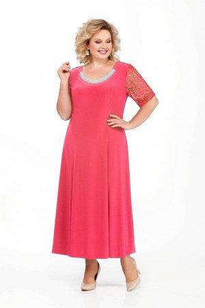 Платье Платье Pretty 395 коралл  Рост: 164 см.  Шикарное платье с «богатым» годе по низу и гипюровым декольте спины, обрамленным «римскими» складками из шифона.   Срок исполне