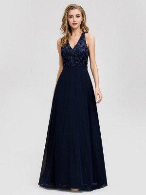 Темно-синее вечернее шифоновое длинное платье с вышивкой на лифе
