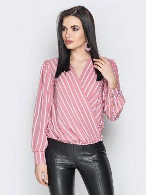 Красивая блузка, больше подойдёт на 48 размер