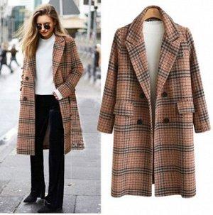 Пальто Пальто, оформленное воротником с лацканами, смесь шерсти/полиэстер. Размер (обхват груди, длина рукава, длина изделия, см): XL (114,59,102), 2XL (120,60,103), 3XL (126,61,104), 4XL (132,62,105)