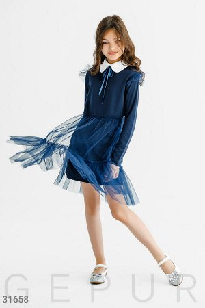 Лаконичное трикотажное платье