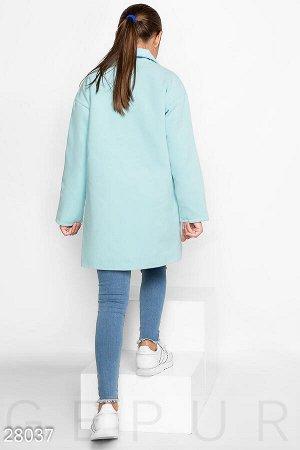 Пальто на пуговицах