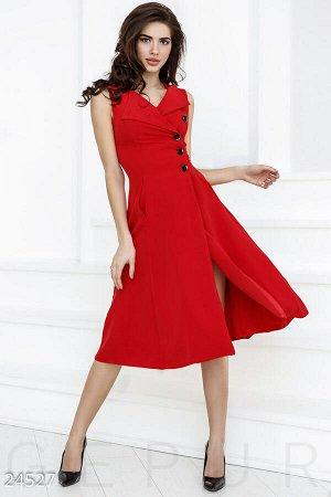 Эффектное платье А-силуэта