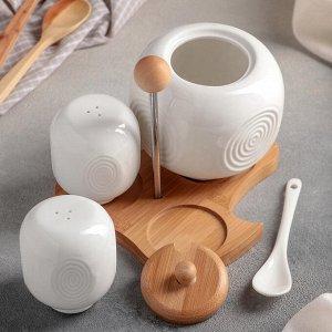 Набор для специй «Эстет», 3 шт: солонка, перечница, сахарница 400 мл с ложкой, на деревянной подставке