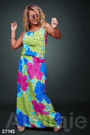 Сарафан голубого цвета с яркими цветами