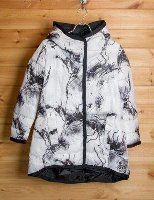 Куртка Очаровательная  демисезонная куртка не оставит вас равнодушной. Соответствие размеров: S(42),M(44),L(46),XL(48)