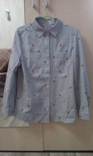 Красивая качественная рубашка