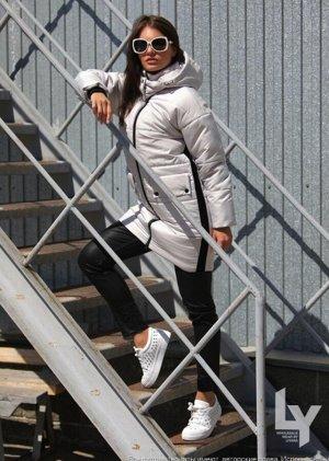 Куртка 42,44,46,48,50,52 Наполнитель: 100% Тинсулейт- 300 гр. Ткань: 100% Полиэстер Цвета: — Светло-серый. — Фисташка (только 52) — Горчица. Длина изделия: 88 см. Длина рукава: 63 см. Силуэт: прямой