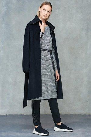 Пальто намолнии