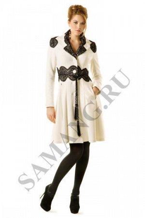 Красивое черное пальто саманг