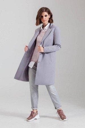Пальто Пальто Anna Majewska М-1264Cardiff  Состав ткани: Вискоза-50%; ПЭ-50%;  Рост: 170 см.  Пальто прямого силуэта на подкладке с воротником и лацканами. На верхнем воротнике вышивка в тон основной