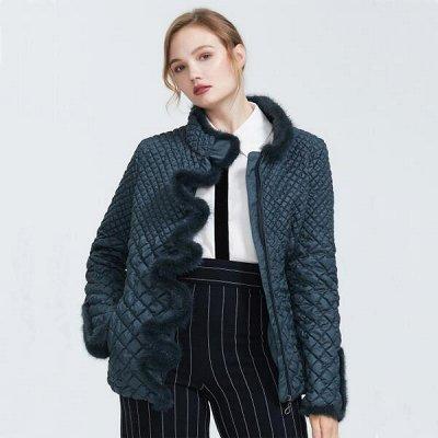 Куртки HERMZI + As**d. Верхняя одежда по отличной цене — AS**D — женские пуховики, куртки и пальто