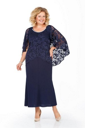 Платье Платье Pretty 920 синее  Состав ткани: Вискоза-20%; ПЭ-80%;  Рост: 164 см.  Наряд из плательной ткани с отделкой из гипюра. Платье полуприлегающего силуэта с расширением от бедер к низу. Перед