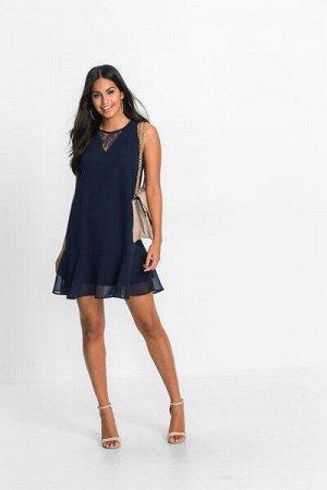 Платье с кружевной
