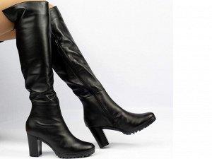 Ботфорты Тип: Ботфорты Модель на худую ногу Материал верха: натуральная кожа Подошва - ТЭП  байка, шерстяной вязаный мех  Объем голенища 34 см в 36/37 размере, 35 см в 38/39 размере, 36 в 40/41 размер