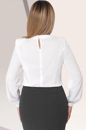 Костюм Рост: 164 см. Состав ткани: 63% ПЭ, 32% вискоза, 5% эластан, блуза - полиэстер 97%, спандекс 3% Такой элегантный костюм в деловом стиле подчеркнет Вашу индивидуальность и чувство вкуса. Комплек