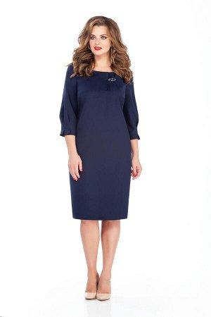 Платье Платье TEZA 243 №2  Состав ткани: Вискоза-20%; ПЭ-80%;  Рост: 164 см.  Платье прямого силуэта с втачными рукавами. Спинка со средним швом с молнией, внизу разрез. Рукава прямые, внизу застроче