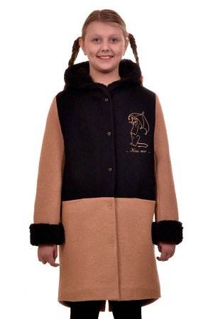 Пальто Цвет: Бежевый; Материал: Вареная шерсть Утепленное пальто для девочки с вышивкой. Ткань верха - Вареная шерсть (65% шерсть + 35% п/э), подклад - 100%п/э, утеплитель синтепон 100 гр.