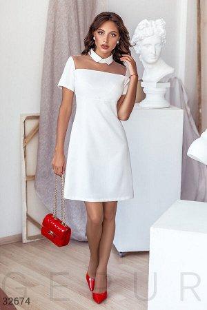 Белоснежное деловое платье