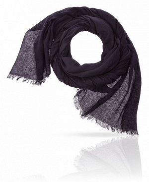 Палантин Базовый цвет: фиолетовый Цвет: черная шелковица  Благодаря едва уловимому оттенку фиолетового этот палантин цвета «темная шелковица» выглядит мягче и интереснее, чем классический черный, и