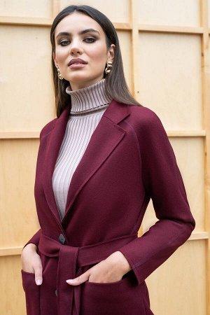Пальто Пальто ЮРС 19-872/2  Состав ткани: ПЭ-46%; Шерсть-17%; Акрил-37%;  Рост: 164 см.  Пальто относится к классическим и базовым вещам, оно должно быть в гардеробе у каждой леди. Простые линии позв