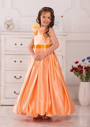 Амели Оригинальное платье, предназначенное для особых случаев. Классический лиф без рукавов с круглым вырезом по горловине украшен нежной розой в цвет платья. Пышная юбка-баллон и пояс завершают велик