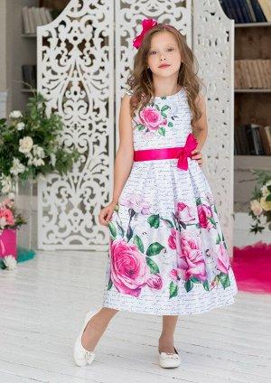 Марибель Платье полуприлигающего силуэта из принтованной атласной купонной ткани. Платье с застёжкой на потайную молнию от горловины спинки по сренему шву. На лифе переда раполагается рисунок - роза а