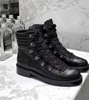 Крутые ботинки Cristian Louboutin 👍🏼