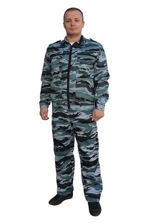 Костюм серый кмф, зелёный кмф. Ткань (материал)Смесовая (Грета) Состав80% полиэстер, 20% хлопок Костюм мужской состоит из укороченной куртки и брюк.