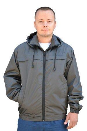 Куртка Ткань (материал)Оксфорд Состав100% полиэстер ПодкладкаШелк. Куртка мужская укороченная со съемным капюшоном. Цвет: темно-серый штрих. Два прорезных кармана с косым входом и застежкой на молнию.