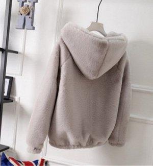Куртка Куртка, оформленная длинными рукавами и капюшоном, искусственный мех/полиэстер. Размер (обхват груди, длина изделия, см): S (88,60), M (92,61), L (96,62), XL (102,62), 2XL (105,64), 3XL (108,64