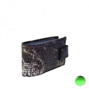 Визитница Artefact из натуральной замши пурпурно-дымчатого цвета.