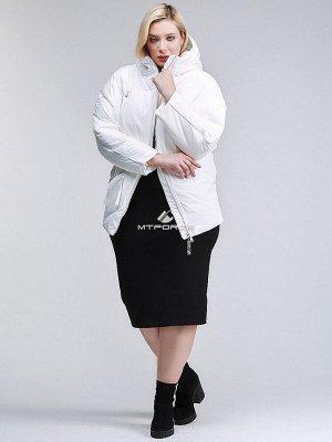 Женская зимняя классика куртка стеганная белого цвета